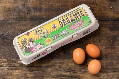 Thumb 400 judy s family farm organic large brown eggs doz