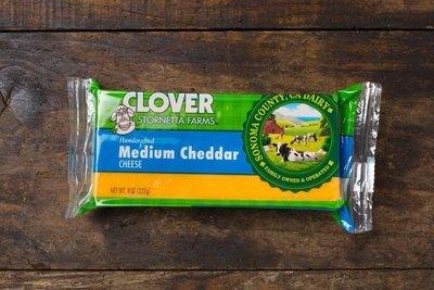 Thumb 400 clover medium cheddar block 8 oz
