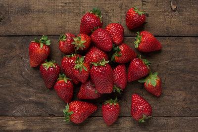 Thumb 400 various farms strawberries lb