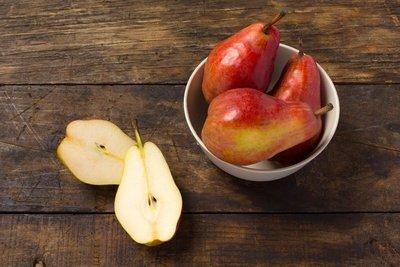 Thumb 400 various farms organic starkrimson pears lb